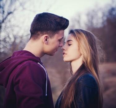 ¿Sabes cómo dar un buen beso?