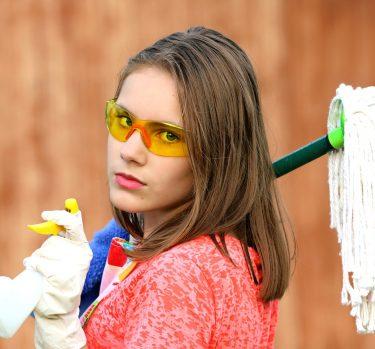 Limpiar la casa, ¿adelgaza?