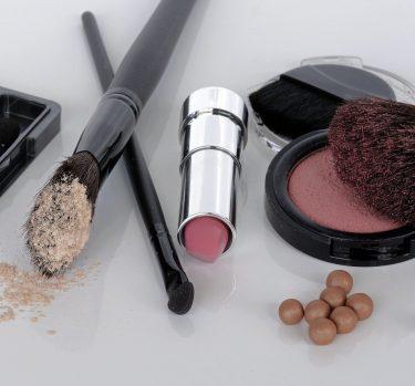 ¿Compartes tu maquillaje?