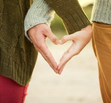 ¿Qué hacer si te enamoras de un amigo?