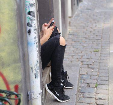 ¿Te maltrata por Whatsapp?