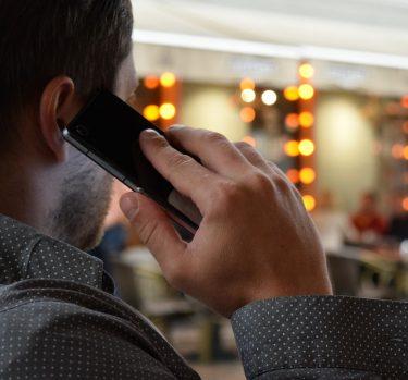 ¿Usas el móvil en la calle?