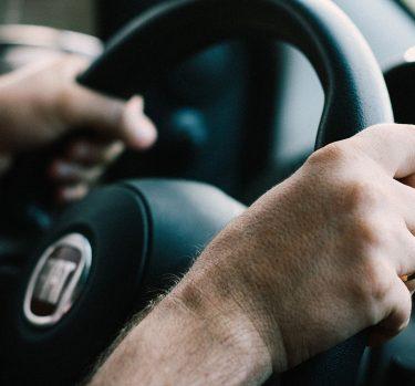 Alcohol y volante