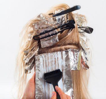 ¿Teñirse el pelo en verano?