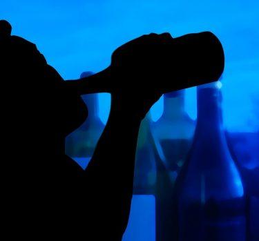 ¿Has oído hablar del alcoholismo juvenil?